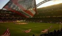 San Mamés dice adiós al fútbol tras un emotivo homenaje