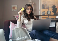 Los consumidores españoles están dispuestos a pagar hasta un 15% más por sus caprichos