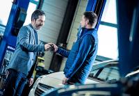 Vuelta al trabajo: ¿cada cuánto se debe revisar un coche de empresa y qué tener en cuenta?