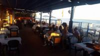 Restaurante Las Flores, en la mejor y más extensa playa de Marbella