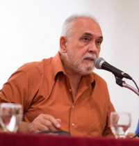 """Rogelio Ramos Signes: """"Propondría estas reuniones cumbres: Beethoven y Werner Herzog, San Juan de la Cruz y Marilyn Monroe"""""""