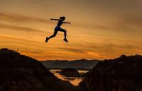 Los beneficios de la actividad física para el cerebro, tras los excesos estivales