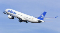 Por qué Iberia pagó mil millones de euros por Air Europa