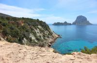 Conoce más detalles sobre el alquiler de coches en Ibiza