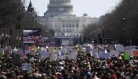 Cientos de miles de manifestantes reclaman medidas contra las armas