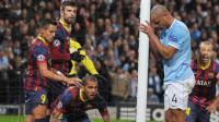 El Barça roza los cuartos ante un decepcionante City
