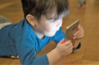 Un 78% de madres y padres no tiene información para proteger a sus hijos de los peligros de Internet