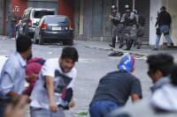 Decenas de heridos y tres muertos en las protestas de Caracas