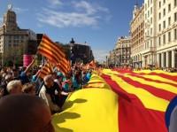 Miles de catalanes reivindican su sentido de pertenencia a España