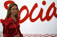 Chacón renuncia a la Secretaría General del PSOE