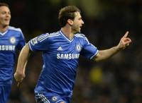 El Chelsea frena el asalto al liderato del City