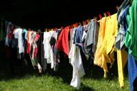 ¿Cómo desinfectar convenientemente nuestra ropa de trabajo?