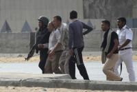 El juicio a Mursi arranca con disturbios y protestas