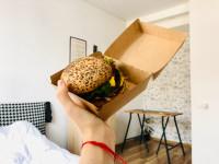 ¿Qué tipo de comida podemos esperar de las aplicaciones de comida a domicilio?