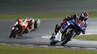 Lorenzo vuela en Losail y Márquez suma su primer podio por detrás de Rossi