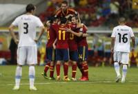 España supera con gusto a Uruguay (2-1)