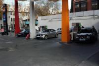 La gasolina y el gasóleo inician el verano con su primera subida de precios en cuatro semanas