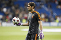 Casillas supera el récord de imbatibilidad de Buyo