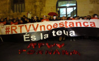 Trabajadores, grupos sociales y políticos y ciudadanos denuncian el cierre de medios en valencianos