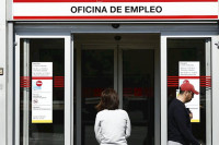 El descenso en el número de desempleados cae un 31% con respecto a 2018