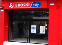 DIA cierra el acuerdo para comprar 144 supermercados de Eroski por 135,3 millones de euros