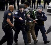 La alcaldesa de Baltimore anula el toque de queda con efecto inmediato