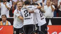 El Valencia refuerza su candidatura a la 'Champions'