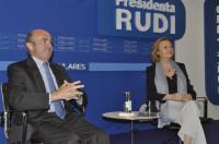 De Guindos dice que el principal riesgo de España es
