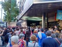 Pilar Bardem, Cristina Almedia, Goya Toledo y otras 2.000 personas apoyan a Carmena en su acto más multitudinario