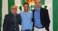 El Betis anuncia el fichaje de Van der Vaart