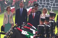 Peña Nieto da la bienvenida a los Reyes de España poniendo en valor la amistad entre ambos países