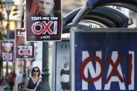 Los griegos deciden hoy en referéndum el futuro de su país