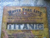 Aparece en Granada una placa original del Titanic