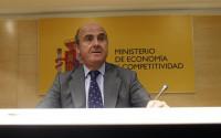 Guindos afirma que el Gobierno compensará a los funcionarios