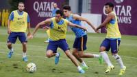 Adriano, baja en el entrenamiento del FC Barcelona por molestias en el aductor