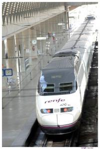 Renfe tendrá un presupuesto de 155 millones en 2016 para abordar su 'macrocontrato' de compra de trenes AVE