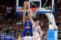 Francia gana fácil y Grecia sorprende a Croacia