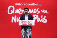 Rajoy recibe en Moncloa a Alberto Garzón en el marco de la ronda de reuniones sobre Cataluña