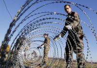 Eslovenia coloca vallas en varios puntos de su frontera con Croacia
