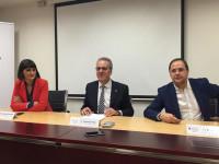 El PSOE se compromete a bajar las tasas universitarias y subir la cuantía de las becas