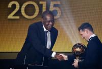 Messi alza su quinto Balón de Oro
