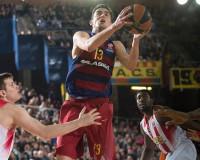 El Barça se da crédito en una noche mágica