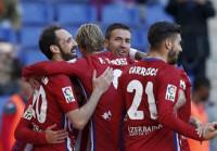 El Atlético derrota al Espanyol y aumenta la presión al Barça