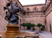 Puigdemont reivindica la lengua y la cultura catalana ante los