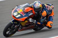 Binder repite triunfo en Moto3 y Navarro termina tercero