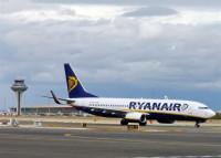 Las 'low cost' transportan a más de 10 millones de pasajeros hasta abril, un 16,6% más