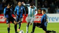 Messi continúa con el