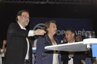 Rajoy ofrecerá pactar a PSOE y C's si se repiten resultados