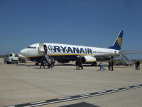 Ryanair lanza ofertas para dos de las tres rutas canceladas por Vueling