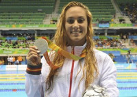Sarai Gascón da la novena medalla a España con la plata en los 200 estilos SM9